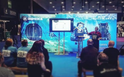 Nic speaks at the Go Diving Show 2020