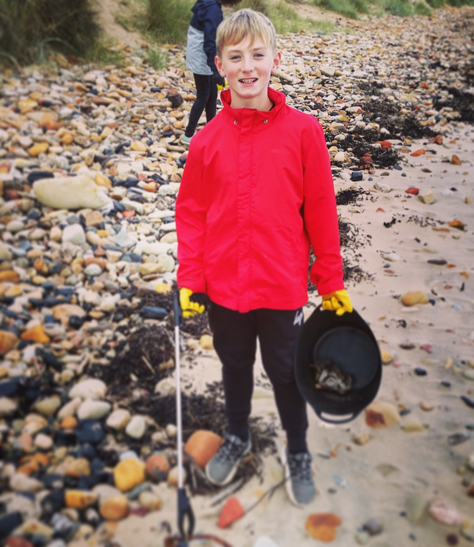 Kid's Club Oliver came to our latest beach clean